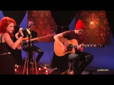 Paramore - That's what you get (Live Acoustic on MTV-Unplugged) (720p)