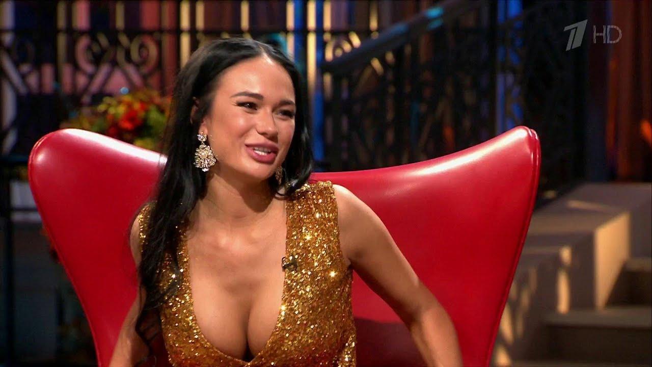 Порно фото телеведущих актрис певиц