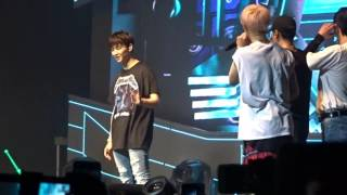 160711 got7 fly in la day1 jb dancing jackson s fly part he loves it