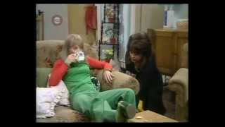 The Liver Birds   Friends At First Sight S4E02 Part 1