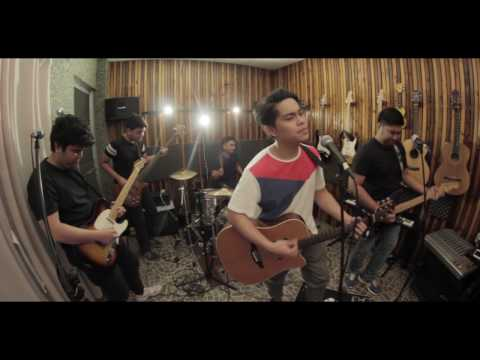 Tadhana - Up Dharma Down (Mevaia Live Cover)