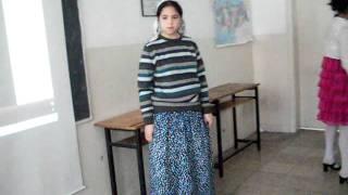 Repeat youtube video Zeytinyağlı Yiyemem 8. sınıf türkü canlandırma performansı (dersimizmuzik.net)