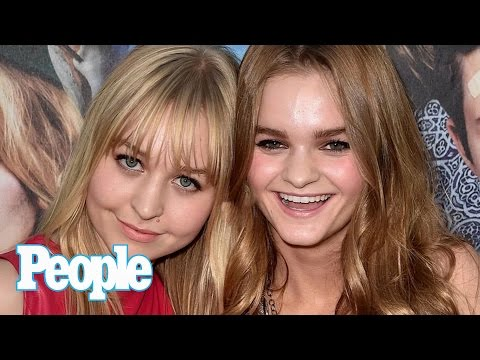 Justine & Kerris Dorsey Perform 'Best Worst Day Ever'   People