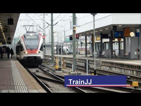 Trains at station │ Züge am Bahnhof Basel Bad Bf │ 12- │ TrainJJ