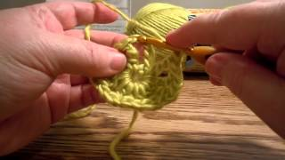 Crochet Wagon Wheel Square - Part 1 (hdc Puff)