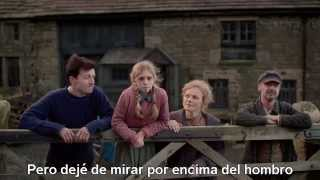 The Village 2x01 - serie (subtitulada)