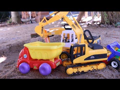 รีวิวรถแม็คโครขุดดิน รถตักดิน รถดั้ม เล่นของเล่นรถก่อสร้างตักทราย Excavator Construction Vehicles