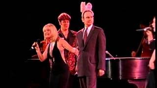 MAC Awards 2002 - The Debuts!