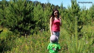 Отличная погода,букет цветов и летние забавы)(Я в Instagram http://instagram.com/anapkamake73# Моя группа ВК http://vk.com/club30092964 Я на facebook http://www.facebook.com/svyatkina.a Мой ..., 2013-06-17T10:52:40.000Z)