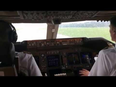 B 747-400 Erstflug Air Cargo Global