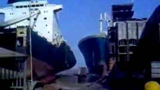 Ship Crashes Into Dock, Boat Ploughs into Docks