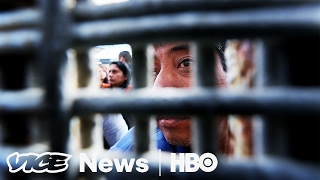 Asylum Seekers Are Being Turned Away Ilegally At U S  Mexico Border  VICE News Tonight on HBO