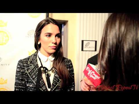 Christy Carlson Romano at the #QueenOfTheUniverse Beauty Pageant @ChristyRomano
