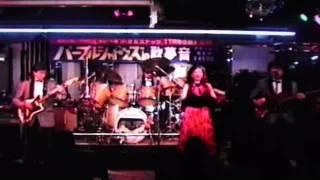 北海道帯広市内のライブ映像です。平成6年ごろ珍しい演奏ではないでし...