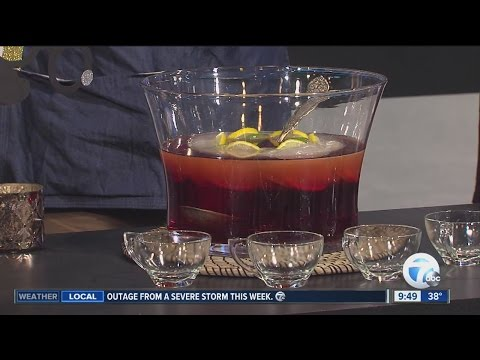 Making The Most Popular Drinks For New Year's Eve