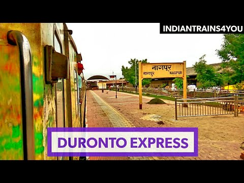 Watch video till the end! 12289 Mumbai CST to Nagpur Duronto Express arriving at Nagpur Junction