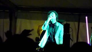 Maximo Park - Banlieue - (Split Festival 2010)