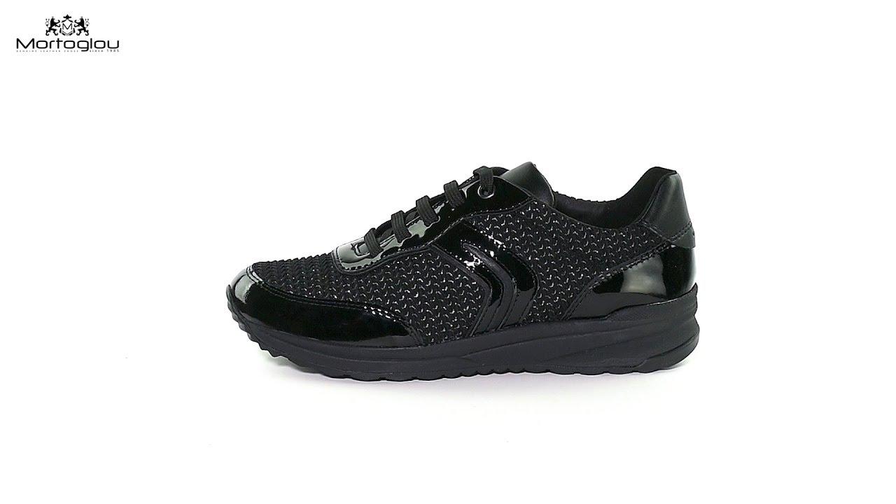 ec053f1044d Γυναικεία Παπούτσια Casual Geox D842SA Black Patent - YouTube