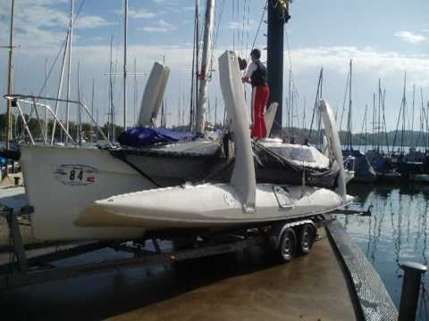 Corsair Marine - Trailer to Sailor. Putting the trimaran into the water.