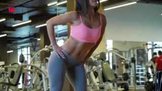 Спортивные,стройные,сексуальные девушки-фитнес бикини