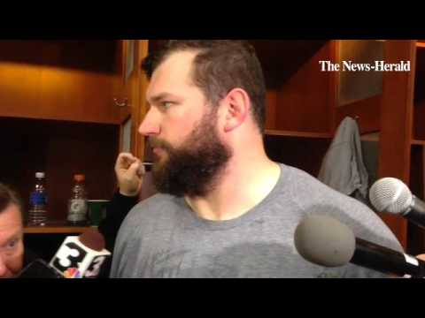 Browns offensive tackle Joe Thomas responds to questions about the team