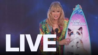 Taylor Swift At Teen Choice Awards | ET Canada LIVE