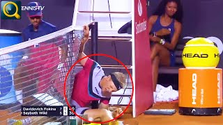 20 FUNNY FAILS COMPILATION–FUNNIEST MOMENTS IN SPORTS!
