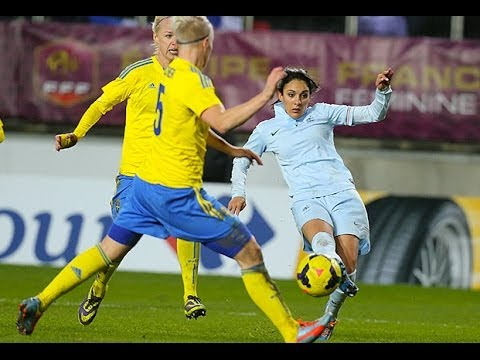 France Suede Feminine A 3 0 Les Buts De La Victoire A Amiens Youtube