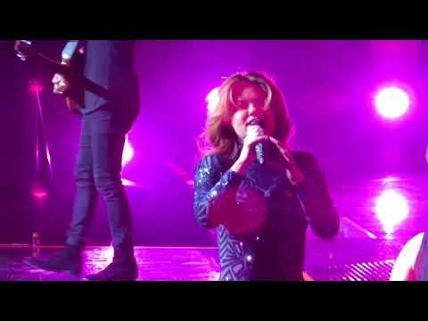 Shania Twain Live ~ Swingin' With My...