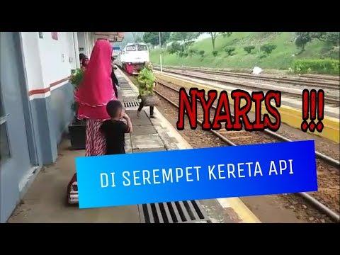 Video clip hay Hampir Ketabrak Kereta Api(Pd2ABMZp2FM ...