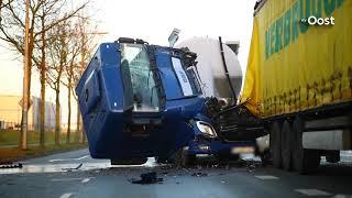 Twee gewonden na kettingbotsing in Zwolle