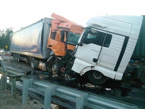 аварии грузовиков 2018 грузовики фуры дальнобойщики без тормозов - Как поздравить с Днем Рождения