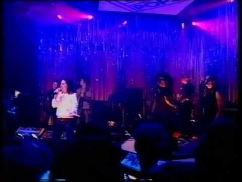 Texas - In Demand - Top Of The Pops - Friday 13th October 2000
