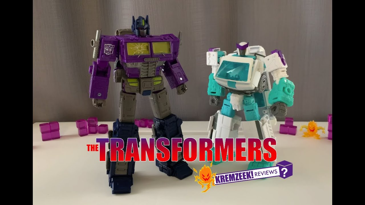 Transformers Shattered Glass Optimus Prime & Ratchet In-Hand Images by Kremzeek Reviews