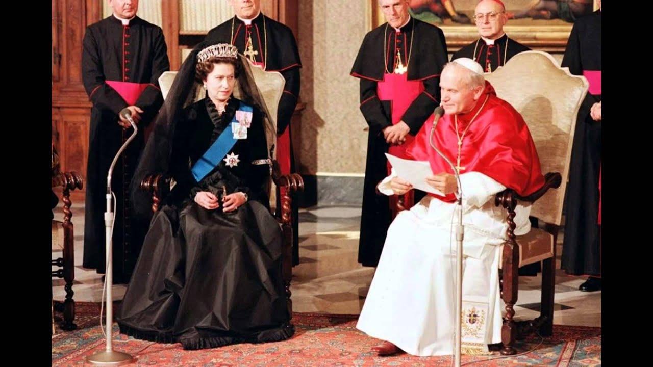 Queen Elizabeth Ii Meet The Popes Youtube