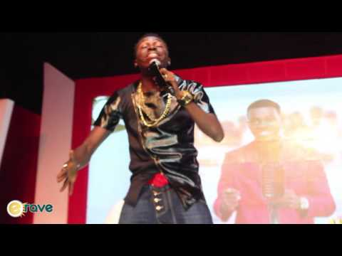 Video (stand-up): Akpororo On People Complaining About Buhari at Kiss Daniel Album Launch