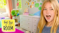 We Filled Her Room with BUBBLES!! | Get Out Of My Room | Universal Kids