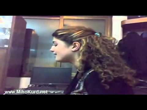 Keca Deng xwesh   Perwin Keca nugihshti   Kurdish Talent best Kurdish super star