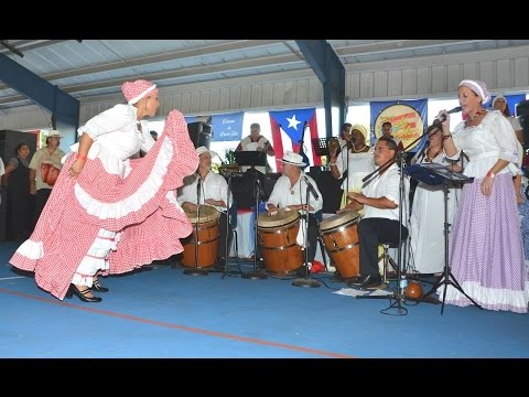 Bomba puertorriqueña - Puerto Rican bomba dance and music at Loíza, Puerto Rico.