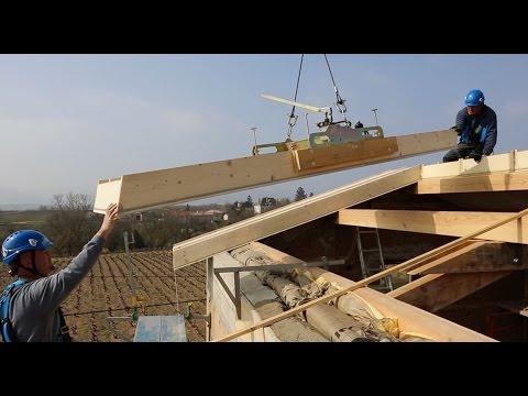 Mise en uvre d 39 un panneau de toiture isolation int gr e - Isolation exterieure ossature bois ...