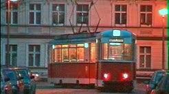 Rekozüge und Tatra T6/B6 abends in Berlin-Johannisthal