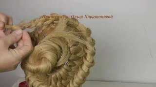 Как делать модную прическу с плетением на длинные волосы.