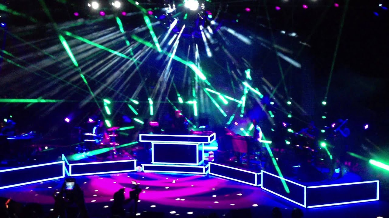 Pretty Lights @ Red Rocks 8/16/2013   YouTube