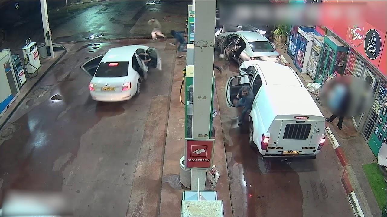 צפו: שודדים בדואים נעצרו על חם בשוד תחנת דלק במושב עוזה