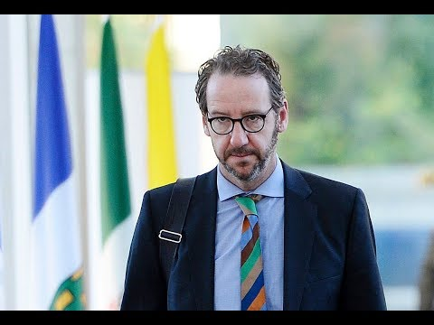 GOLDSTEIN: Butts experienced Lavscam differently