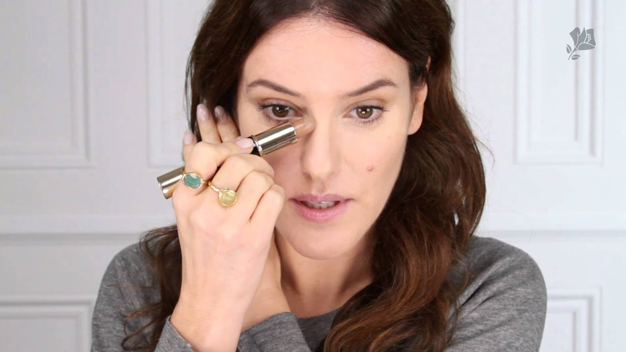 Effortless contouring tutorial by lisa eldridge sephora youtube effortless contouring tutorial by lisa eldridge sephora baditri Gallery