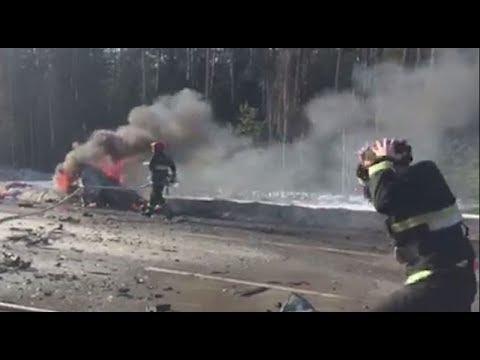 Смертельная авария на трассе Минск-Микашевичи. В ДТП погиб один человек, есть пострадавшие