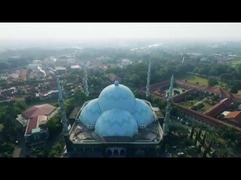 Masjid Raya Al A'zhom Kota Tangerang