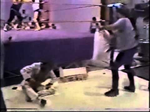Jimmy Hart tarred and feathered by Jerry Lawler (1981) Classic Memphis Wrestling Studio Brawl