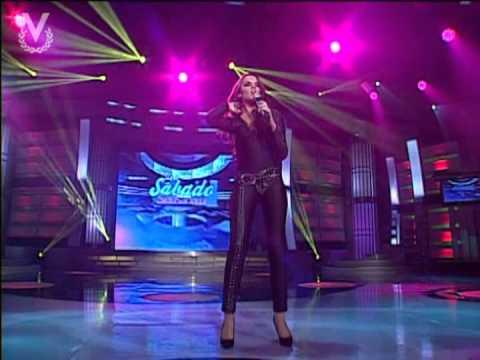 Melody regresó al escenario de los ídolos - El baile del gorila - 13/07/13
